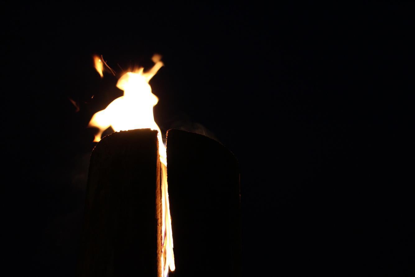 Rozsvícení vánočního stromu (4. 12. 2015)  Fotogalerie  Valašské ... 8378859eab